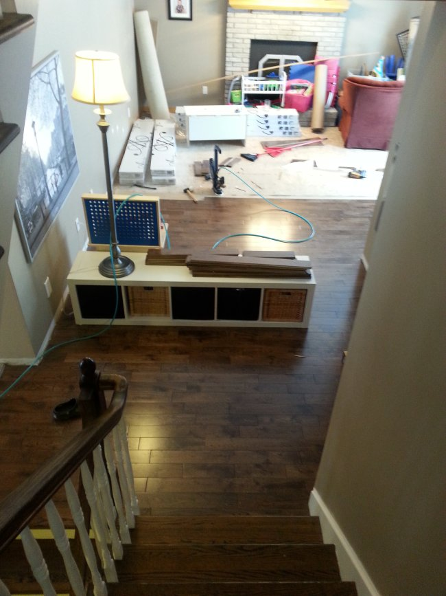 Install hardwood floor in an outdated 1990s house