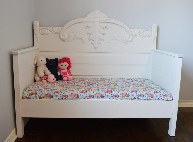 Chalk Painted DIY Toddler Daybed From An Antique 3/4 Bed ...