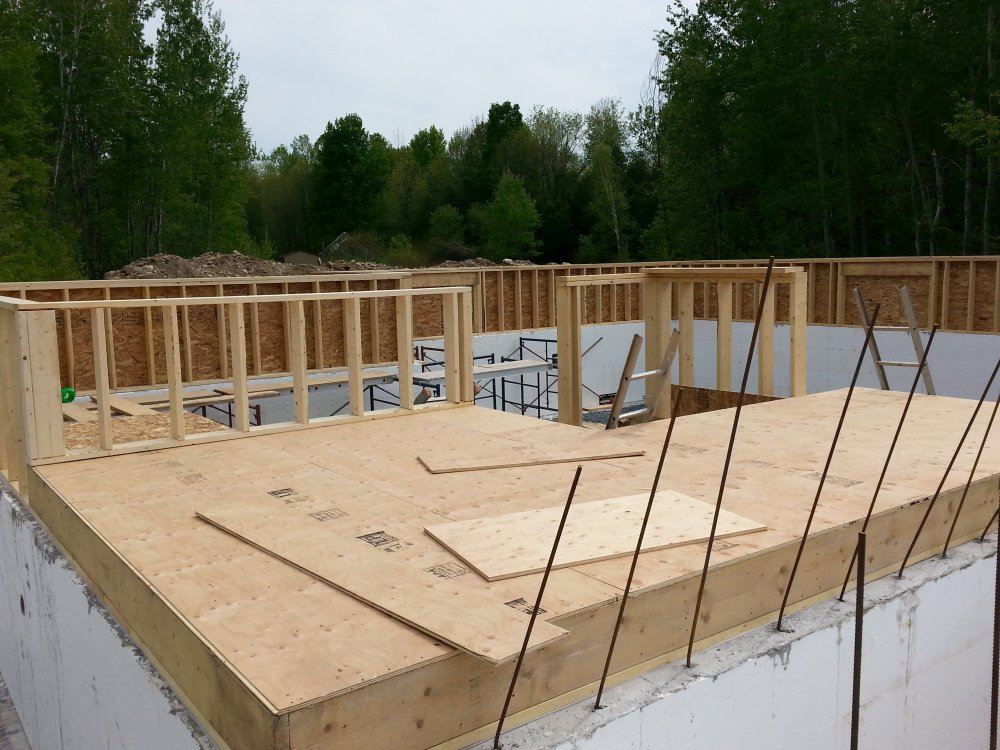 Raised bungalow knee wall on ICF foundation