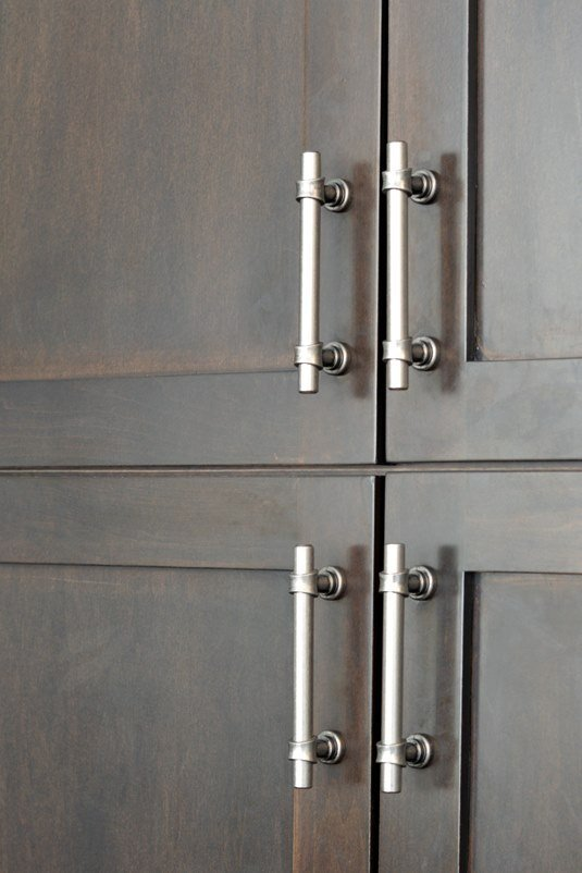 using hardware as a finishing touch in your kitchen design. Top knobs dakota pull antique pewter