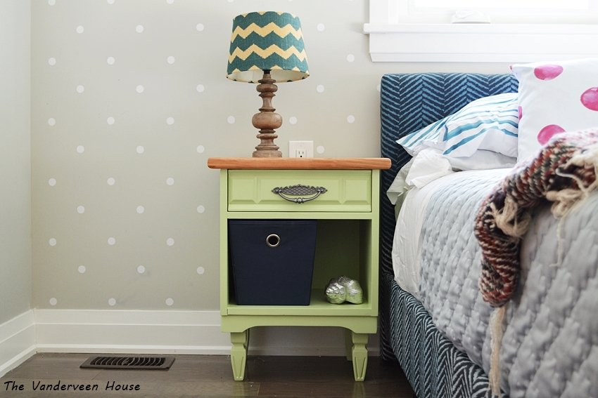 milk paint bedside table. General Finishes. Furniture makeover