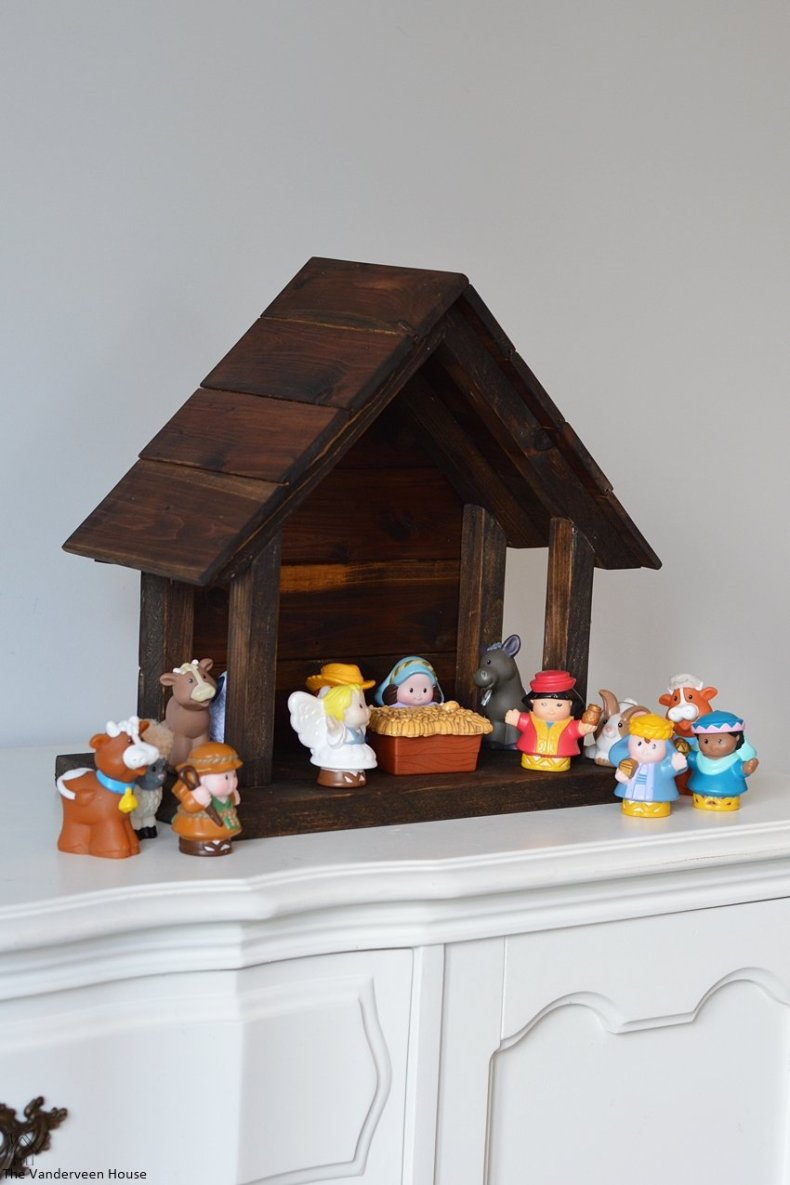 How to make your own wood nativity the vanderveen house what do you use for your nativity set did you make your own is this something you could see yourself making solutioingenieria Image collections