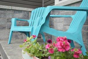 how to spray paint plastic adirondack chairs