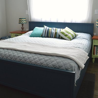 How to build a DIY modern farmhouse bed for less than $100