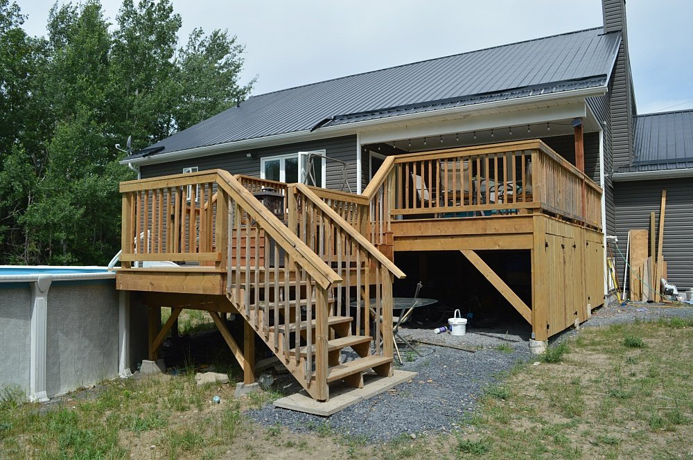 two tiered deck around pool