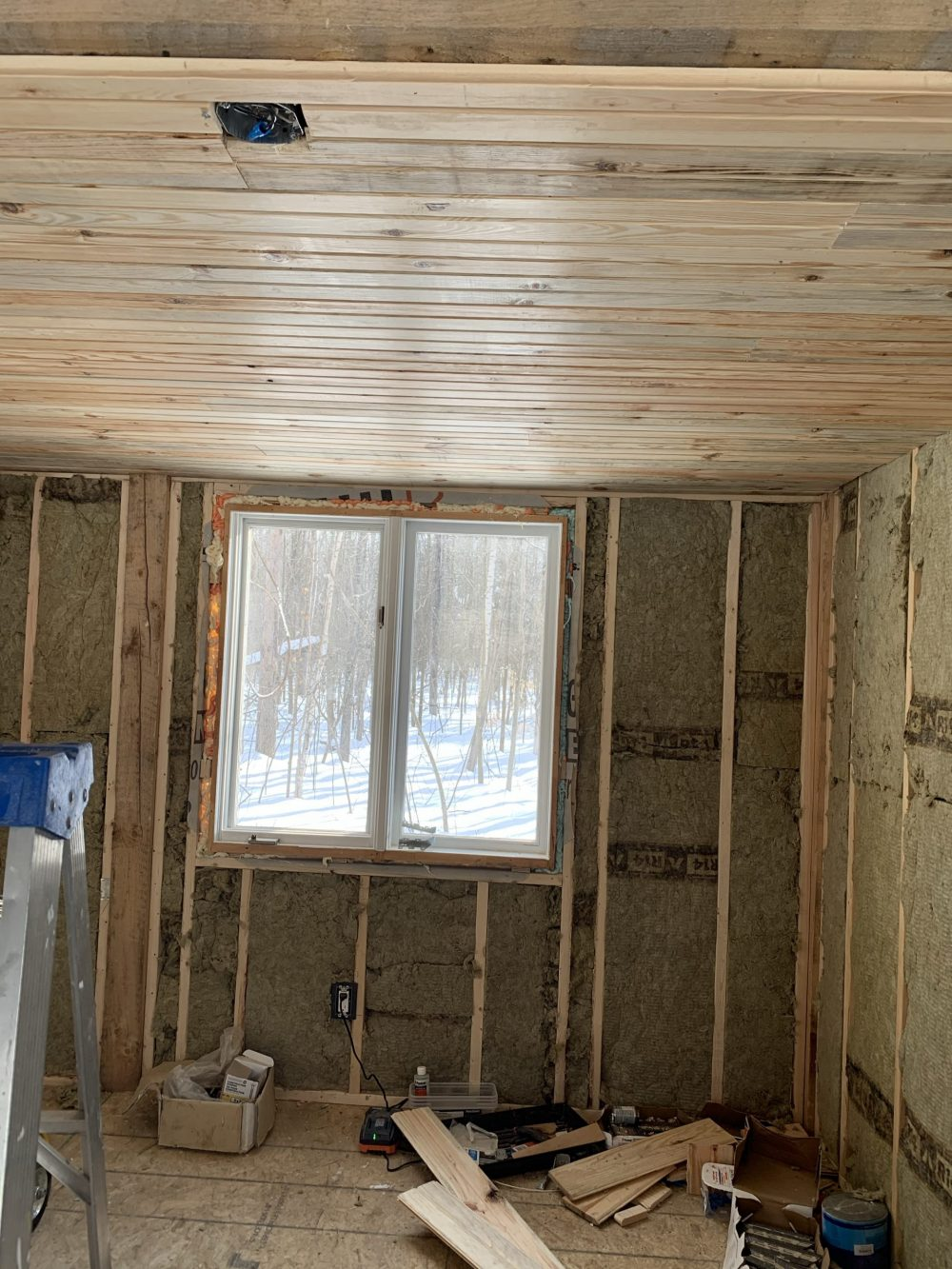 pine tongue and groove cabin ceiling