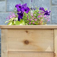 how to built a cedar planter with rouch cut lumber