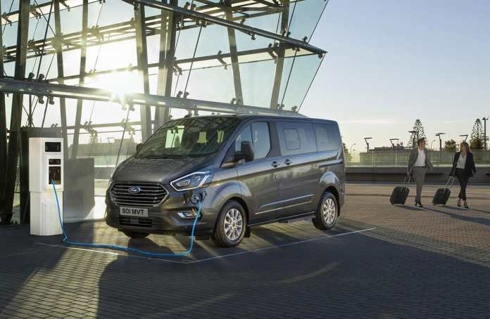 Ford Tourneo plug-in The Van Expert