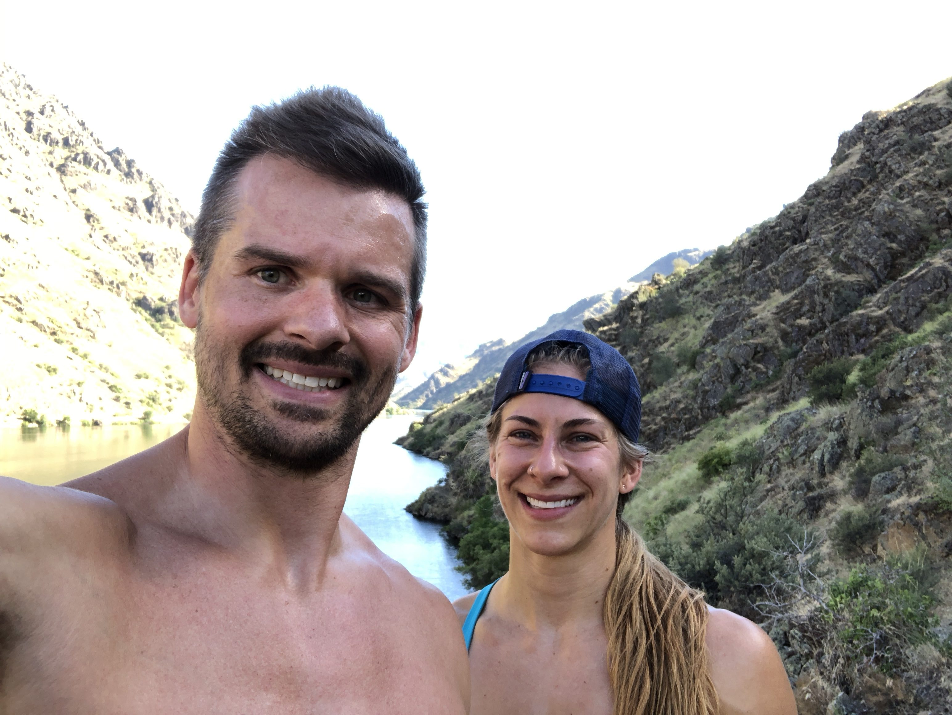 Joe Bauer and Emily Kramer running on the Hells Canyon trail