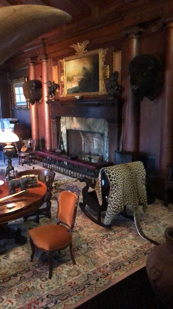 Sagamore-Hill-Teddy-Roosevelts-home living room
