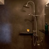 villa rental master suite shower