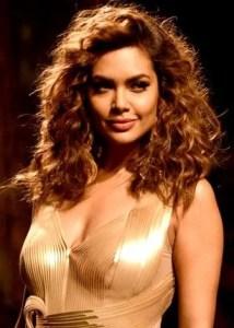 13 Female Indian Celebrities who Turned Vegan in Hindi,13 Vegan Indian Female Celebrities in Hindi