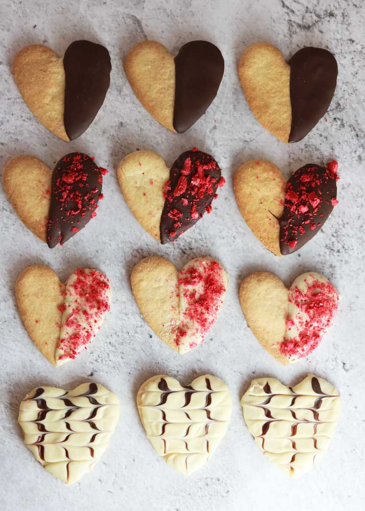 Rows of Valentines cookies with different decorations