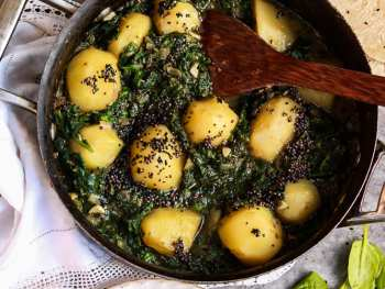 Saag Aloo ready to eat.
