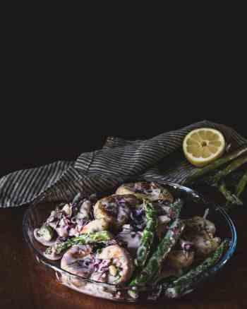 Kartoffelsalat mit Ofenkartoffeln und grünem Spargel
