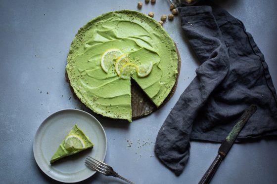 Raw Avocado Cheesecake veganer kuchen glutenfrei und fructosearm