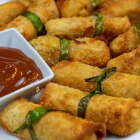 Spring Rolls with Sambucol Elderberry-Plum Sauce