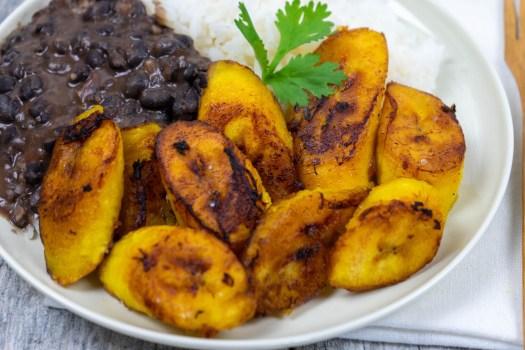 Maduros-Fried Sweet Plantain - The Vegan Rhino