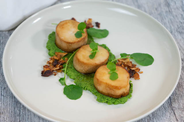 Mushroom Scallops with Pea Pureé and Coconut Chip Bacon Bits - The Vegan Rhino