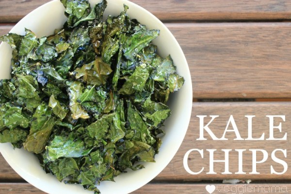 kale chips, great for snacks, parties, picnics, or school lunchboxes | Veggie Mama