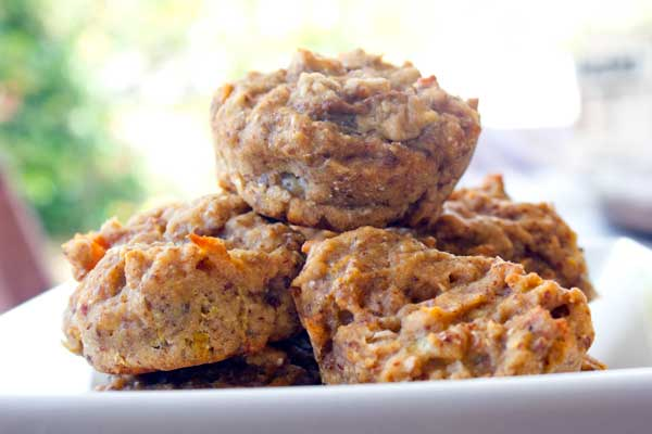 vegan-banana-peach-muffins