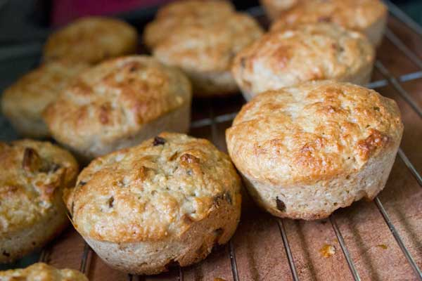 Banana and date muffin recipe | Veggie Mama