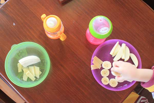 kid-food-snack-bananas-and-cheese