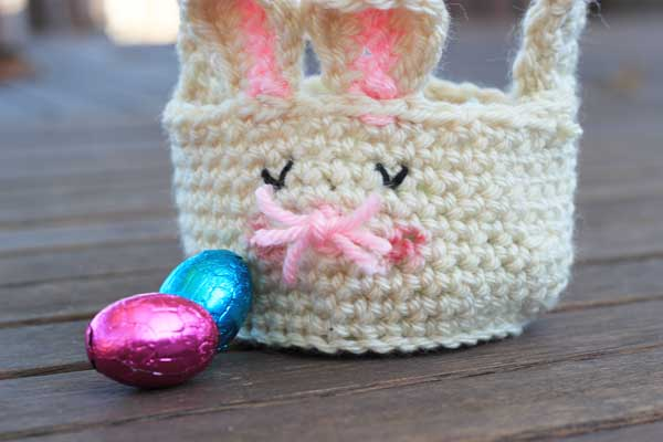 Looking for an Easter Basket  Why not try this super-simple (but super ... dd62020edddd