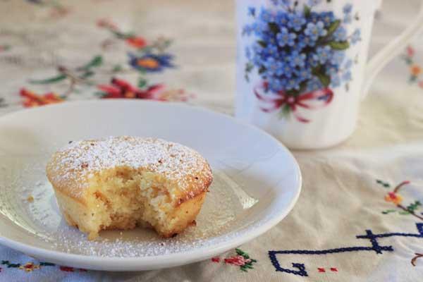 Little lemon cakes | Veggie Mama