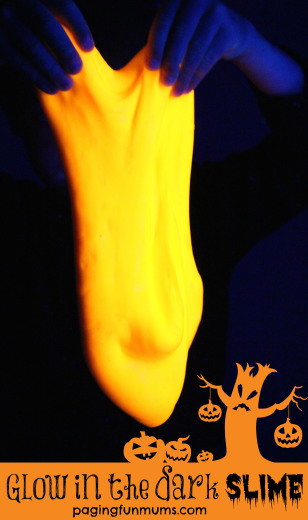 Glow-in-the-dark-Slime-for-Halloween