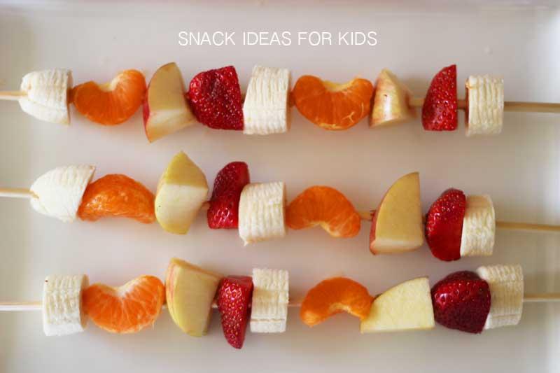 snacks-kid-food-fruit-kabobs