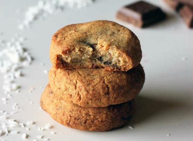 crunchy-crispy-gluten-free-balls-of-chocolatey-goodness