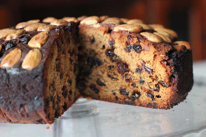 The Queen's Teatime Favourite: Dundee Cake