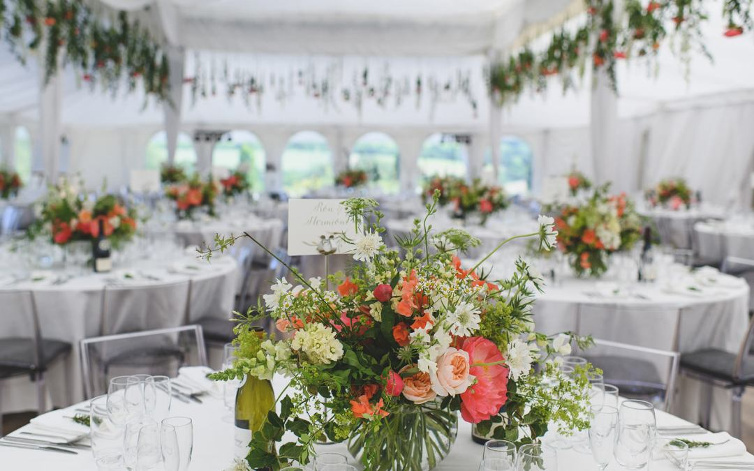 Choosing Your Wedding Flowers: 10 Things You Should Know