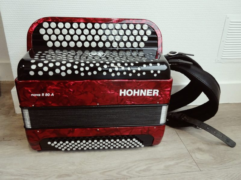 hohner nova 80A Thevenet Music
