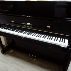 Piano Yamaha U1QPE