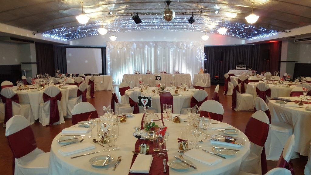 butterfly wedding; burgundy and white wedding; fannie bay; round tables