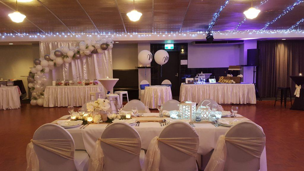 organic balloon display; candy bar; mr and mrs balloons; wishing well; bird cage; banquet table