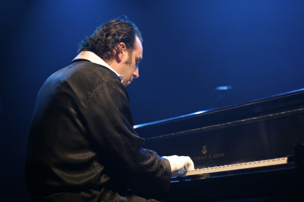 PREVIEW: Chilly Gonzales @ Brighton Dome, 13/05/19