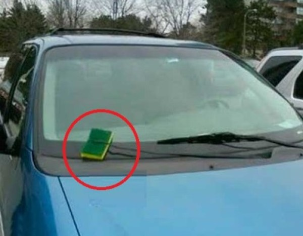 Sponge used as replacement car screen wiper