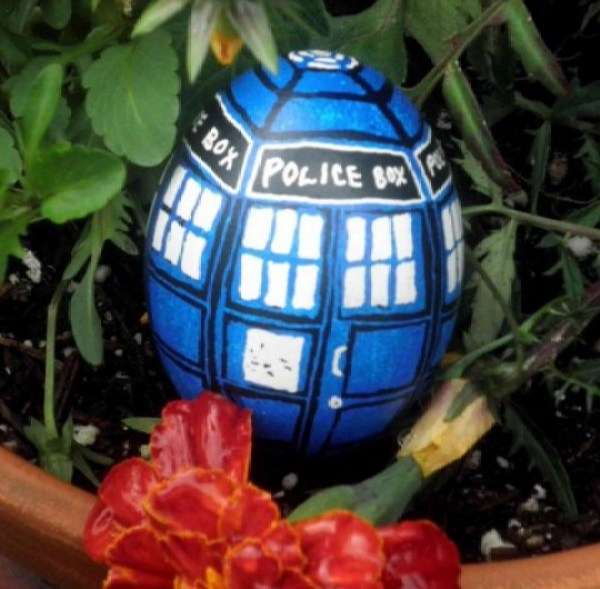T.A.R.D.I.S Painted Easter Eggs