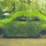 Ten Ways to Use Old Volkswagen Beetles in the Garden