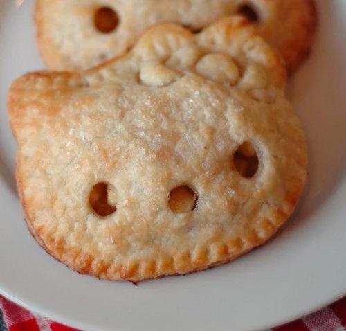 Hello kitty pocket pies