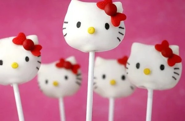 Hello Kitty style cake pops