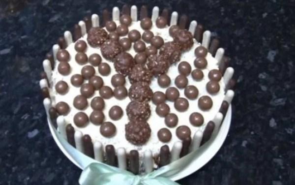 Chocolate Finger cake with Ferrero Rocher