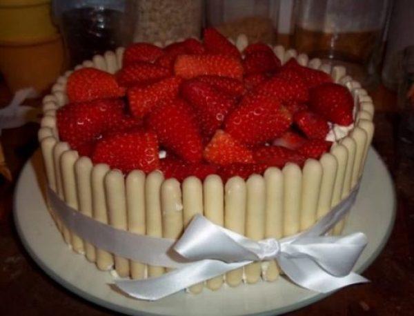 White Chocolate Finger cake