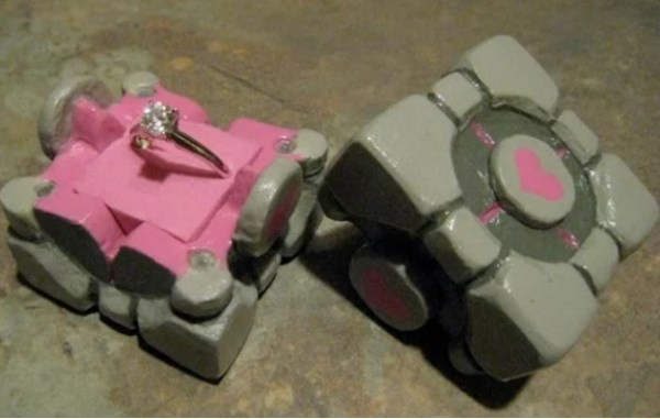 companion cube ring box