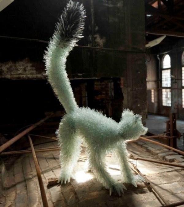 Marta Klonowska: Glass Animals (lemur)
