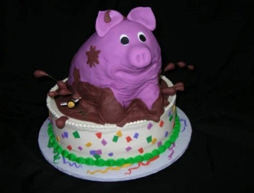 Realistic Looking Pig in mud Cake