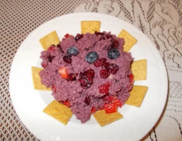 Fruit and Pomegranate juice Couscous